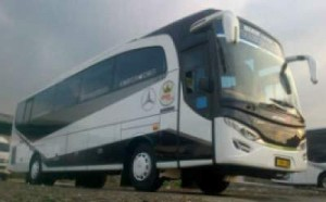 jasabuspariwisata-bus-pariwisata-dian-trans