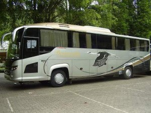jasabuspariwisata-bus-pariwisata-limas-tentrem