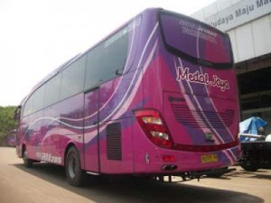 jasabuspariwisata-bus-pariwisata-medal-jaya-jetbus