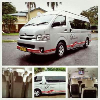 jasabuspariwisata-bus-pariwisata-white-horse-hiace