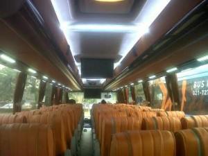 jasabuspariwisata-bus-pariwisata-aa-transport-interior-59s