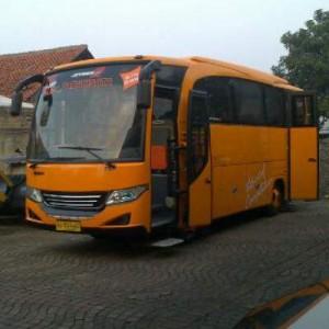 jasabuspariwisata-bus-pariwisata-tampian-trans