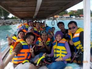 jasabuspariwisata-paket-wisata-pulau-tidung-perahu