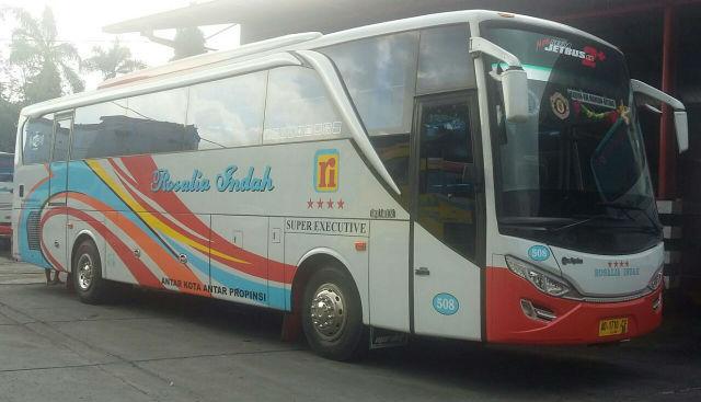 jasabuspariwisata-bus-pariwisata-super-executive-rosalia-indah