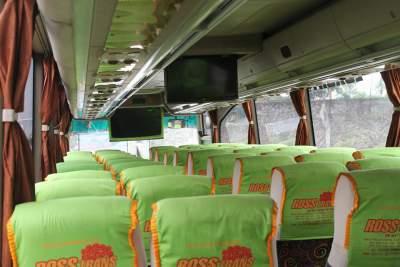 jasabuspariwisata-bus-pariwisata-ross-trans-interior