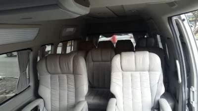 jasabuspariwisata-hiace-pariwisata-luxury-10-seat