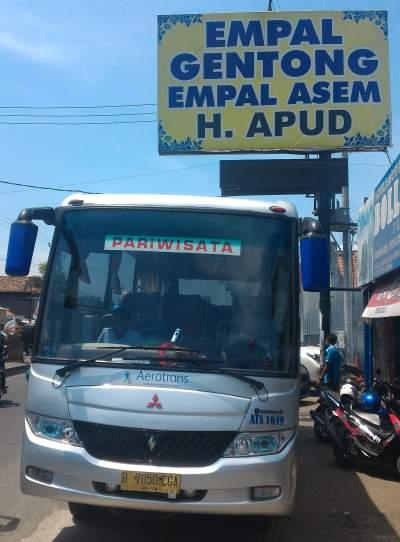 jasabuspariwisata-bus-aerotrans-medium-16-seat-empal-gentong-haji-apud