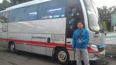 jasabuspariwisata-bus-white-horse-saya