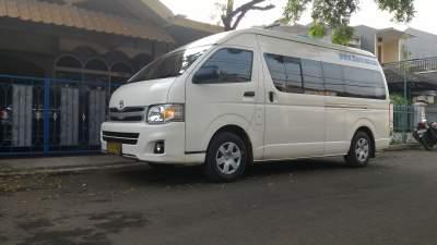 Sewa Hiace – Perjalanan ke Bandung – AJB Tour & Trans