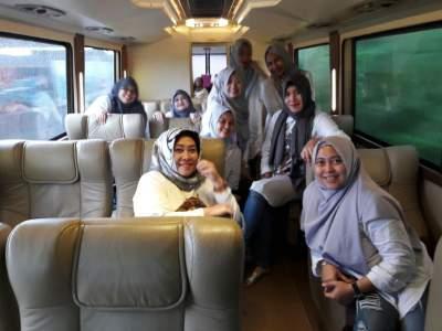 jasabuspariwisata-bus-weha-one-premium-class-white-horse-perjalanan-ke-cirebon-klien2