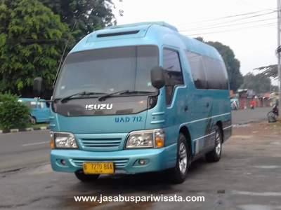 jasabuspariwisata-kemudahan-sewa-elf-transfer-bandara-di-ajb-tour-and-trans
