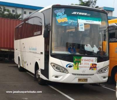 jasabuspariwisata-tips-menyikapi-harga-sewa-bus-saat-liburan-lebaran