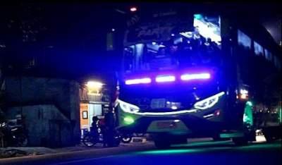 jasabuspariwisata-berbagai-informasi-mengenai-bus-pariwisata-strobo-malam-hari