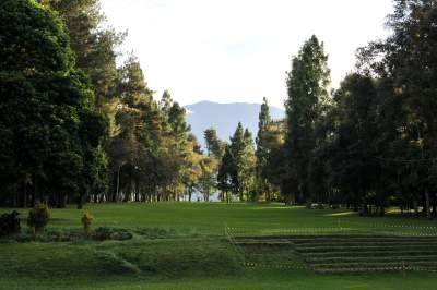 jasabuspariwisata-mengunjungi-objek-wisata-sukabumi-dengan-sewa-bus-pariwisata-jakarta-murah-selabintana