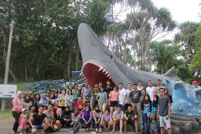 jasabuspariwisata-kunjungi-8-obyek-wisata-di-pangandaran-ini-saat-liburan-sekolah-batu-hiu