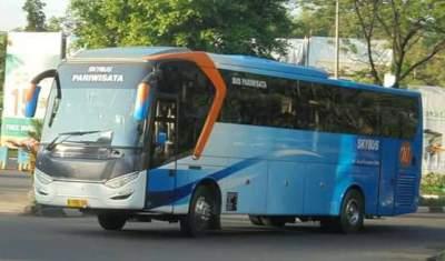 jasabuspariwisata-bus-pariwisata-dreamland