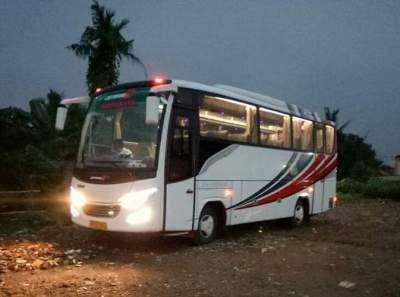 jasabuspariwisata-bus-pariwisata-ghifari-26-malam