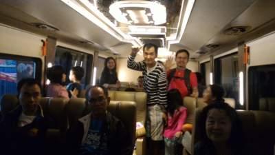jasabuspariwisata-libur-lebaran-ke-malang-dengan-bus-premium-luxury-white-horse-weha-one-klien