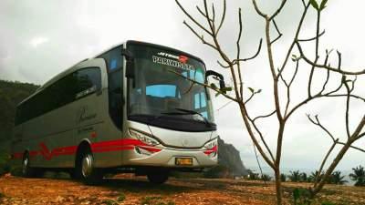 Sewa Bus Pariwisata Liburan Desember