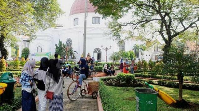 Rombongan Press Room Kalimantan Selatan Mengunjungi Kota Lama Semarang Jawa Tengah