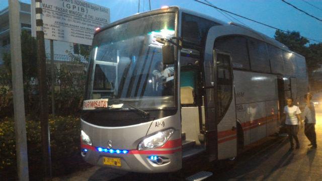 jasabuspariwisata-sewa-bus-pariwisata-pasar-minggu