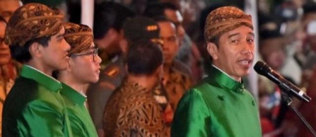 jasabuspariwisata-presiden-joko-widodo-menghaturkan-rasa-terimakasih-yang-sebesar-besarnya-kepada-ribuan-relawan